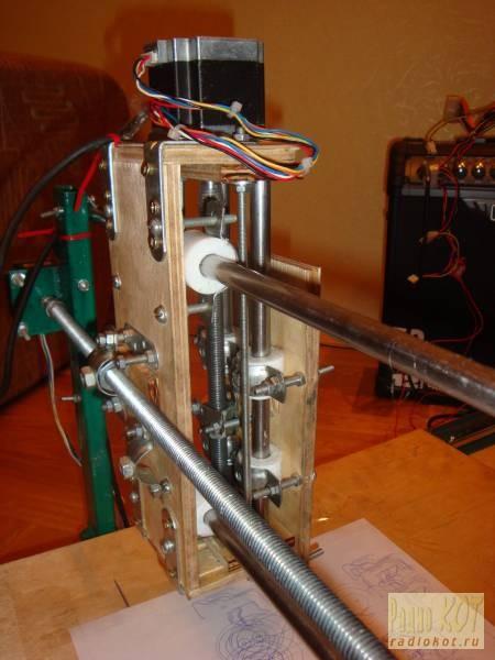 схема станка чпу на pic контроллерах для 3 двигателей