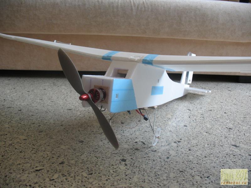 Радиоуправляемый самолёт своими руками с двигателем 34