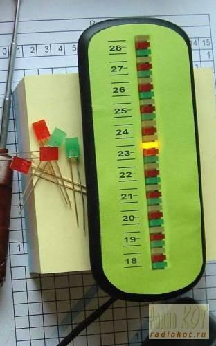 7067. 68.  Схемы.  Делаем термометр из светодиодов.  Всего в проекте использовано 32 светодиода.  Комм.
