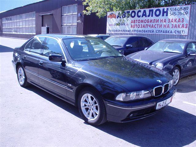 Автомобиль из Германии / БМВ 525 i / BMW 525 i.