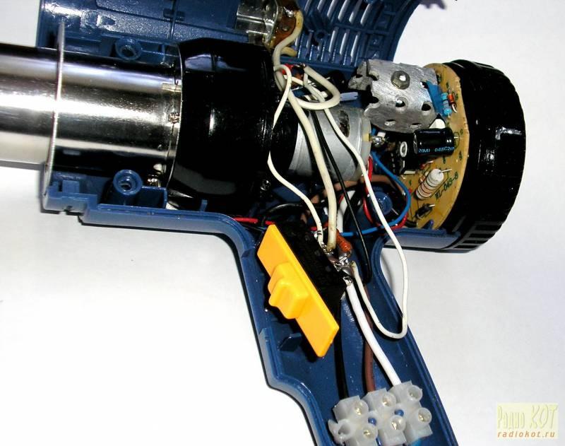 Схема питания мотора упрощенно